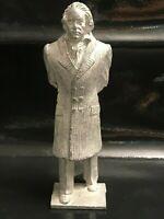 ANCIENNE GRANDE FIGURINE EN PLOMB OU ALU  MOZART OU BETHOVEN OU AUTRE ???