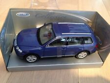 MINIATURE VW VOLSKWAGEN TOUAREG WELLY 2452 1/24