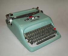 Old vtg 1950s Olivetti Underwood Typewriter Studio 44 portable made Spain W/Case