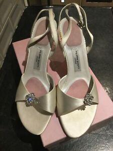 NEW Ivory wedding shoes, Filippa Scott, size 7. Reduced.