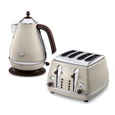 DeLonghi Icona Vintage Kettle & Toaster Set Cream KBOV3001BG & CTOV4003BG Beige