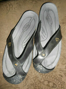 KEEN Men's 10.5 Black (Covered Toe) Athletic Flip Flop Water Sandal Shoes-EUC!