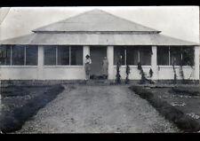 CONGO (AFRIQUE) CASE de ressortissants Français animée , carte-photo postale