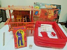 VINTAGE 1970's MEGO DINAH-MITE BEACH HOUSE PLAYSET & ACTION FIGURE RARE