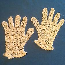 Petits gants anciens, faits main, coton blanc, dentelle d'Irlande ...