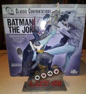 DC Direct Classic Confrontations BATMAN vs JOKER! Statue 1st EDITION Laff Co