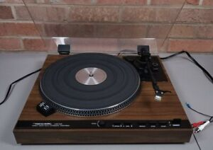 Realistic LAB-440 Direct Drive Fully Automatic Turntable Original Shure Stylus