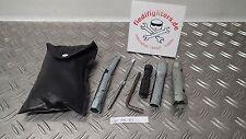 Werkzeug Bordwerkzeug Tool Kit T7 Suzuki GSXR 750 WVBD BJ.03 48902km