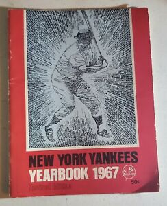 1967 NEW YORK YANKEES YEARBOOK REVISED EDITION