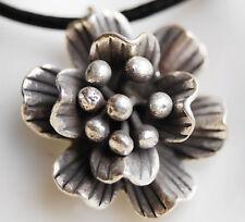 Design Silber Anhänger  Ø 2 cm Blume Blüte 3D Floral Rund Amulett Verspielt