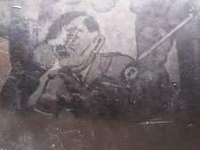 VINTAGE WW2 GERMAN NAZI POW HITLER PAINTING CARICATURE XX SWORD RIFLE RARE PHOTO