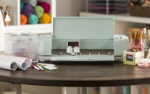 Cricut Explore Air 2 DIY Cutting Machine - Mint