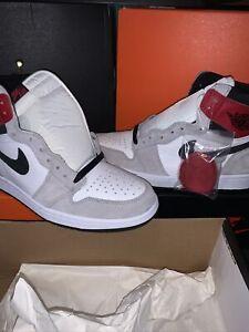 Air Jordan 1 Retro High OG Light Smoke Grey Size 10.5 555088-126