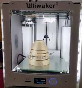 Fronttür für den Ultimaker 2 3D-Drucker mit Gravur Ultimaker&DO NOT T..HOT SUR..
