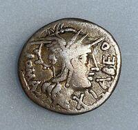 Roman Republic Q. Fabius Labeo, 124 BC. Denarius    VF