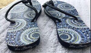 Vera Bradley Blue Tapestry Women's Flip Flops Size Small.