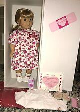American Girl Doll Gwen + NEW Meet Outfit NEW HEAD EUC 2009 GOTY Chrissa Sonali