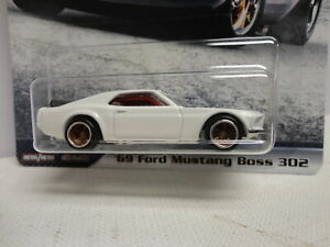 Hot Wheels '69 FORD MUSTANG BOSS 302 White 1969 w/RR FAST & FURIOUS #5/5