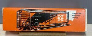Marklin  4573.1  Box Car.  New Haven.  Tin Plate.  Beautiful