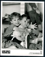Look Who's Talking Too '90 MEGAN MILNER LORNE SUSSMAN CHILDSTARS HANDS
