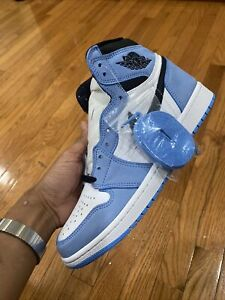 Air Jordan 1 Retro High OG University Blue 2021 size 10.5