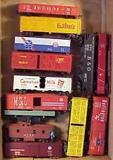 ***(T03) Box Lot Of 13 Incomplete Freight Cars With Missing Or Broken Parts