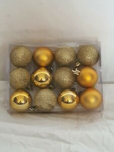 LUXURY GLITTERING GOLD CHRISTMAS BAUBLES 12 PACK XMAS ORNAMENT DECOR NEW