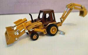 ERTL Case 580 Super  Loader Backhoe Tractor 1:64 Scale