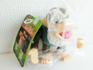 2000 TAKARA Nintendo Donkey Kong Family S-08 Cranky Figure tagged Japan