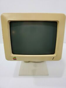 VINTAGE APPLE IIC COMPACT PERSONAL COMPUTER G090S MONITOR