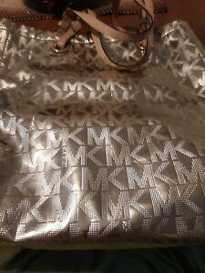 Michael Kors Jet Set Travel Shoulder Tote Bag, Size  XLg - Metallic Pale Gold