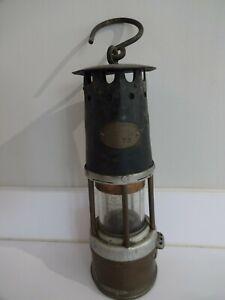 ORIGINAL VINTAGE MINERS SAFETY LAMP THE PREMIER LAMP & Eng Co Leeds - No 7 R