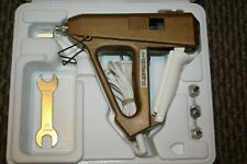 Aleene'S Ultimate Hot Glue Gun With Case Accessories And Manual