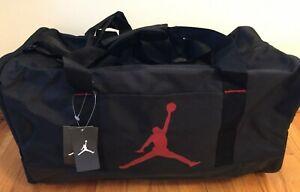 Nike Air Jordan Trainer Duffel Gym Bag Wet Dry Shoe Pocket Black & Red 8A1913