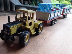 Siku MB Trac mit 2 Heuladewagen