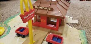 Playskool - Familiar Places - McDonald's Playset  #430