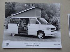 "8x10"" 1993 Press Photo of the Volkswagen EuroVan  MV w/ weekender package 745-93"