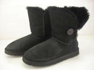 Women's 10 M UGG 5803 Bailey Button Black Skeepskin Shearling Fur Boots Slip-On