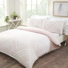 Striped Geometric Bedding - Reversible Duvet Cover and Pillowcase Set