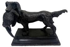 Antigua escultura maciza de bronce, perro de caza, escultura siglo XIX. Leer