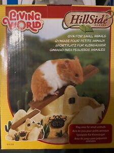 Living World Hillside Gym Climbing Toy for Hamsters Small Animal Play Area
