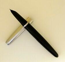 """Vintage Parker """"21"""" Fountain Pen"""