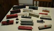 ho scale assorted train cars mixed lot