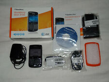 BLACKBERRY BOLD 9700 SMARTPHONE - AT&T - BLACK - ADAPTER, CASE, HEADPHONES & BOX