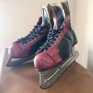 Vintage Leather Men's Ice Hockey Boots Size 8.5  'New Puckmaster' USA Display