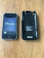 iPhone 3GS 32GB black Model A1303 unlocked & working w/ Mophie juice pack case