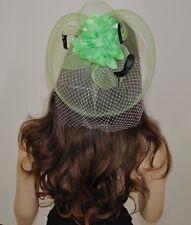 Fascinator vert clair bijou pour Cheveux Mariage Mariée Fleur Plumes Filet voile