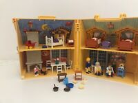 PLAYMOBIL 5763 CARRY ALONG HOUSE & LOADS OF FIGURES & ACCESSORIES