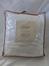 Lenox Velvet Plush Cream Twin Blanket Nip