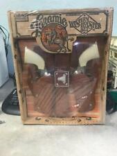 VINTAGE LARAMIE WESTERN HOLSTER SET HUBLEY CAP GUNS NEW IN BOX GABRIEL #7758